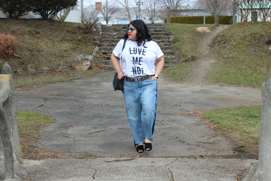 Plus Size Frayed Jeans